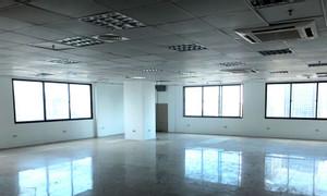 Cho thuê văn phòng 80m2, 120m2, 300m2 phố Liễu Giai, Văn Cao