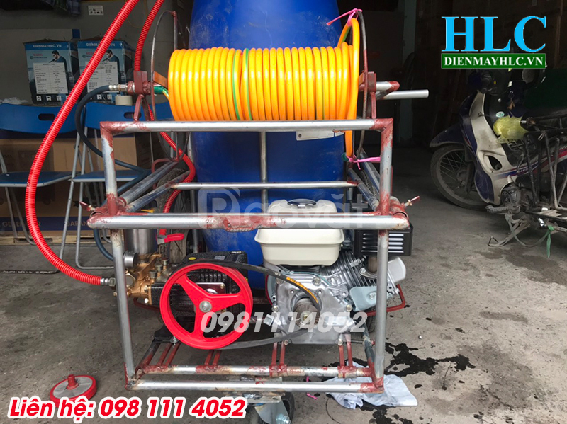 Sáng chế máy phun thuốc trừ sâu công nghiệp thùng phi 150L