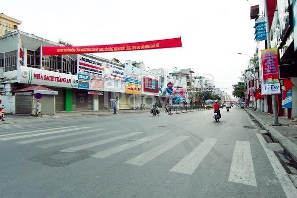 Bán nhà mặt phố Tôn Đức Thắng, Hà Nội