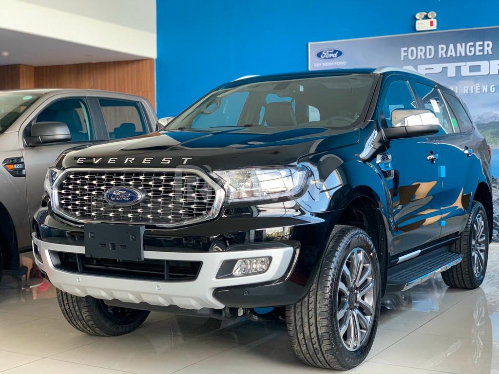 Ford Everest 2021 trả trước 350 triệu đủ màu giao xe ngay
