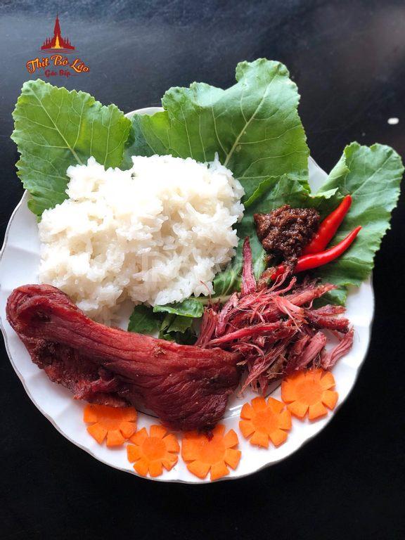 Thị bò Lào gác bếp