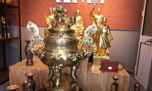 Bộ đồ thờ cúng bằng đồng