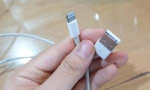Dây cáp Lightning dành cho các dòng Iphone, Ipad