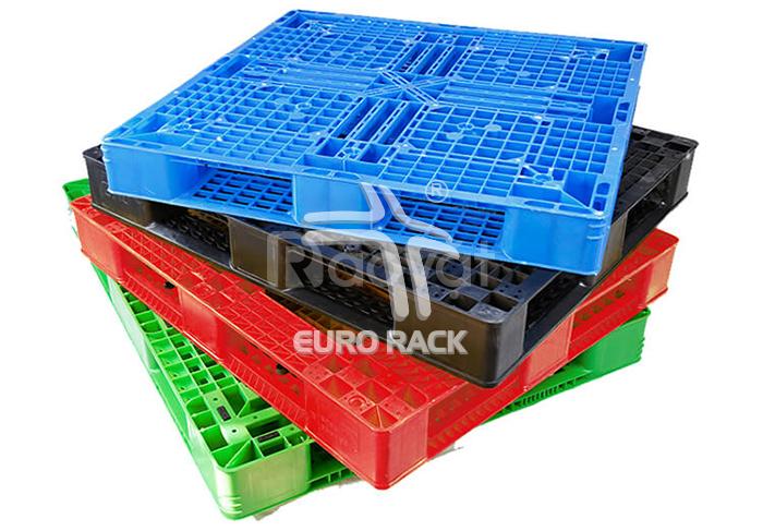 Tất tần tật ưu điểm nổi bật của pallet nhựa