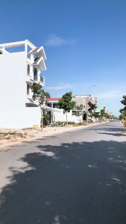 Hàng hiếm lô góc 2 mặt tiền đường Trần Văn Giàu, Xã Phạm Văn Hai - BC