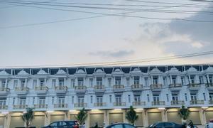 Nhà 3 tấm mặt tiền kinh doanh gần bệnh viện Dĩ An, 82m2, SHR