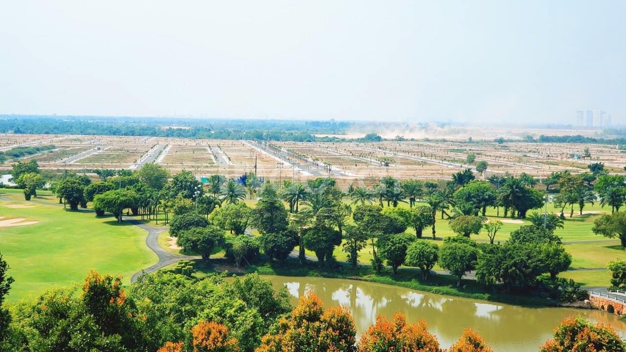 Đất nền biệt thự 1000m2 bên trong sân golf Long Thành sổ đỏ trao tay