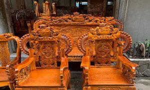 Bộ bàn ghế gỗ tràm bông vàng tay 12 tại Bình Dương