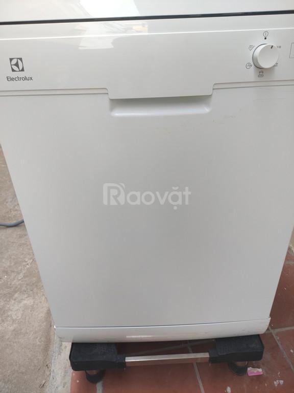 Bán máy rửa chén Electrolux