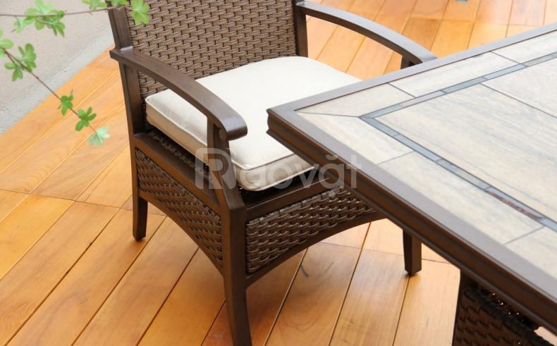 Ghế nhôm đúc phong cách Châu Âu tinh tế, nhẹ nhàng