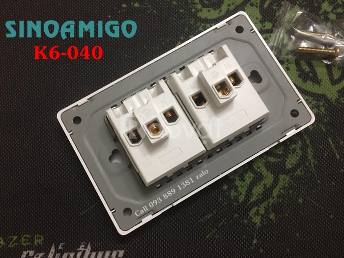 Ổ điện đa năng âm tường K6-040 Sinoamigo