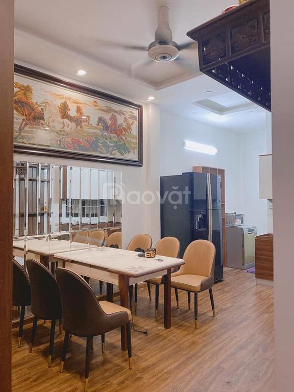 Bán nhà mới phố Yên Lạc Hai Bà Trưng, 33m x 4T, MT 8m