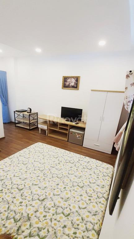 Căn hộ studio full nội thất ngay gần ĐH Hoa Sen Q1
