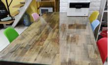 Bàn ăn gỗ kèm 6 ghế và kính cường lực mặt bàn, dài 1m8