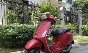 Piaggio vespa Sprint 125abs, đỏ nhám, mới tinh
