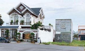 Bán gấp lô biệt thự 9.5x17.5 MT đường số 7 AEON Bình Tân