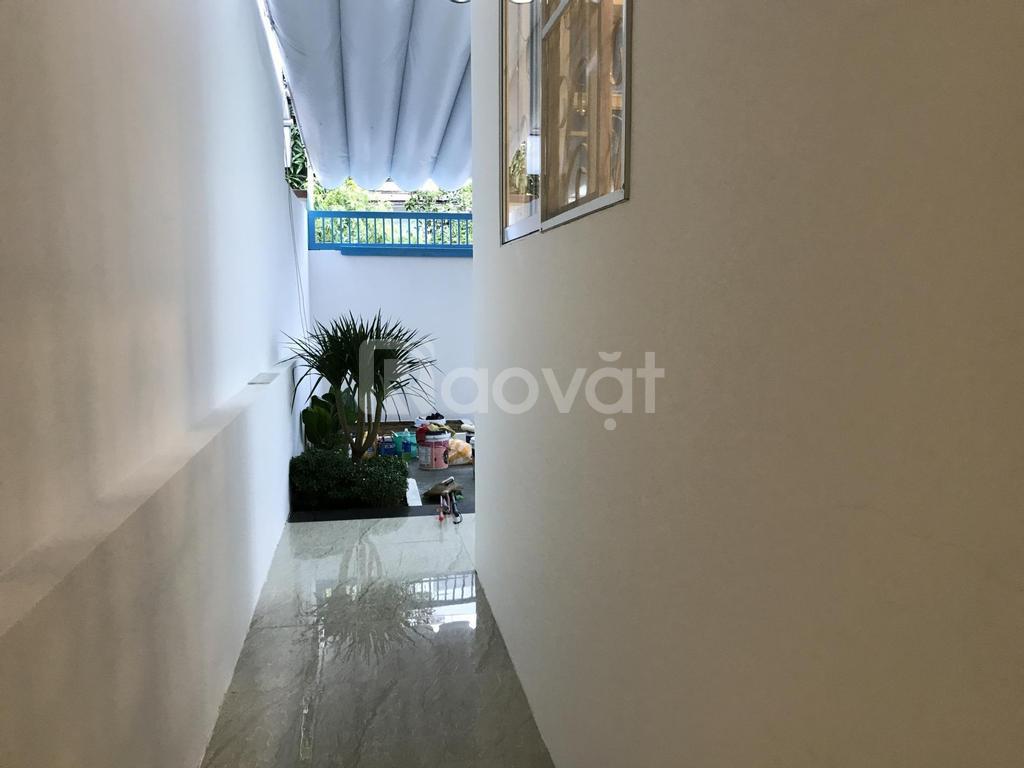 Bán lỗ căn nhà mặt tiền Bùi Viện, Hải Châu, Đà Nẵng mùa Covid thứ 3