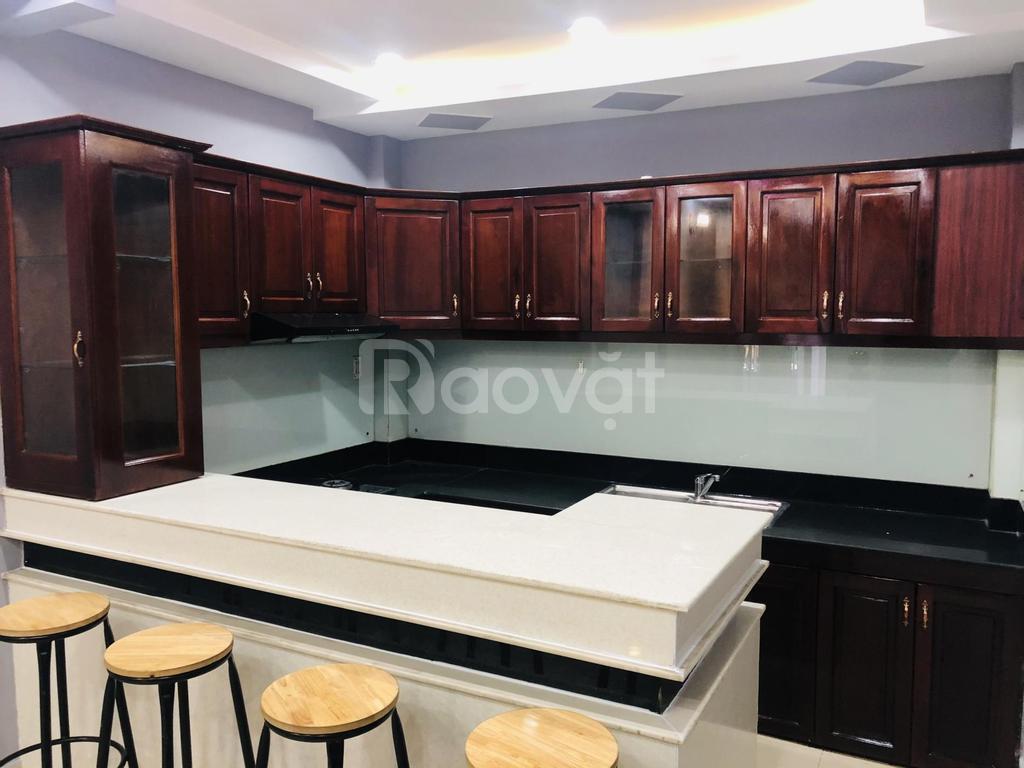 Sang nhượng nhà trọ mới ngay KCX Tân Thuận, doanh thu 30 - 45 triệu