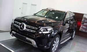 Tôi cần mua xe Mercedes GLS 400 màu đen đời 2017  hoặc 2018 chính chủ.