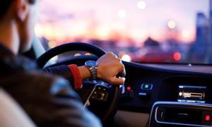Cần tìm việc lái xe