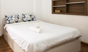 Giường gỗ 1m6 màu trắng, style tối giản, hiện đại