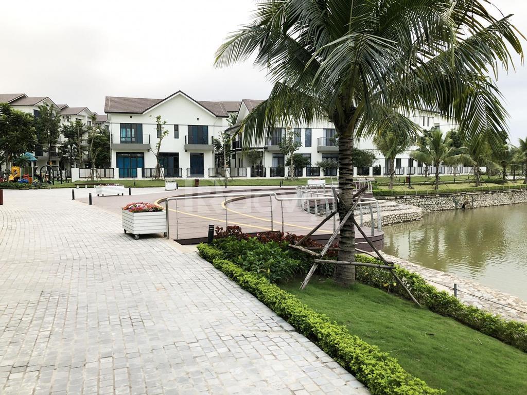 Chính chủ bán biệt thự Vinhomes Thăng Long mặt hồ đẹp nhất KĐT