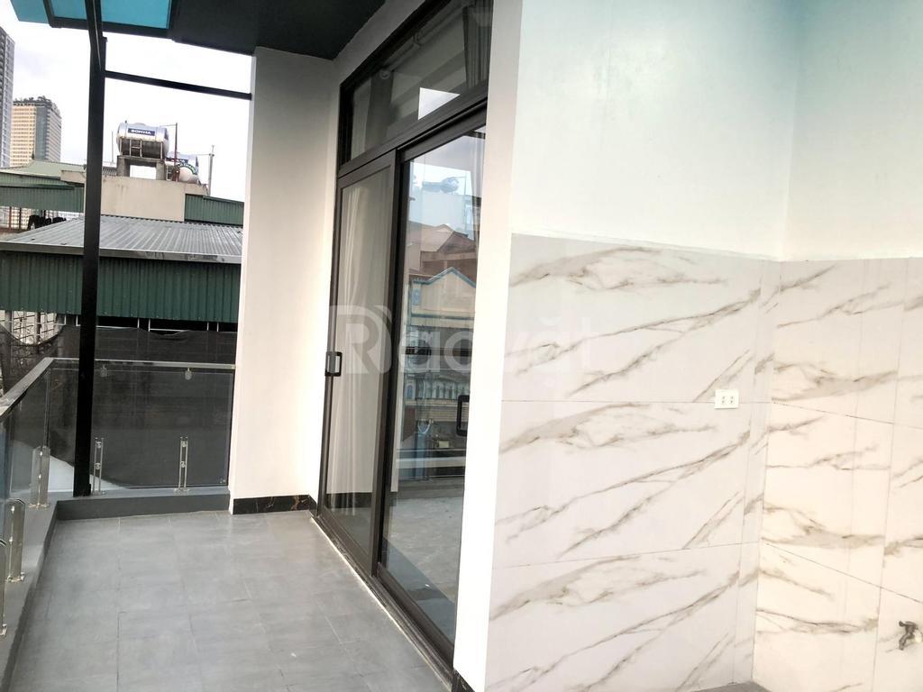 Bán nhà kinh doanh 2 mặt đường Hoàng Hoa Thám, Hà Đông 50m2 5 Tầng