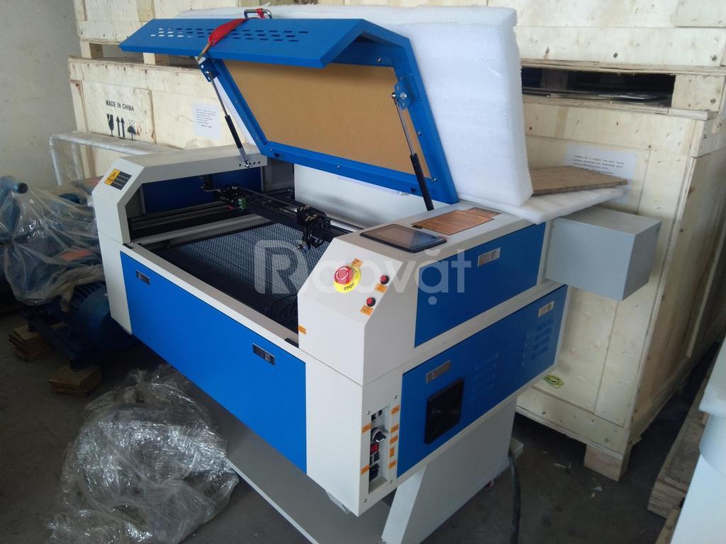 Máy cắt laser 7050-80w