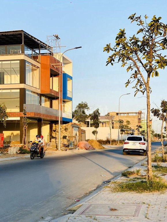 Bán đất 6x20m full thổ cư MT Trần Văn Giàu, cách BV Quốc Ánh 4km