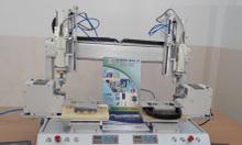 Robot vặn vít tự động