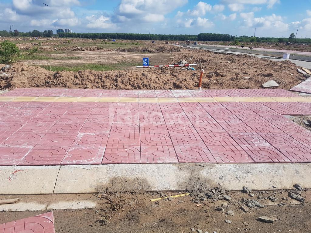 Gấp đất Nhơn Trạch 100m2 thổ cư xây ở sang tên ngay đường 25c