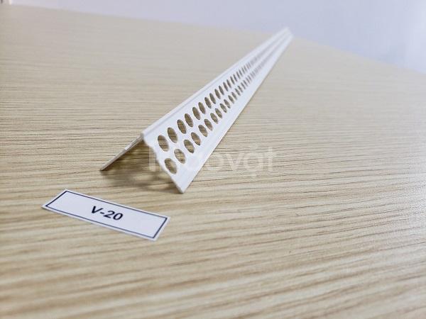 Nẹp nhựa V lỗ dùng trong thi công thạch cao v-20