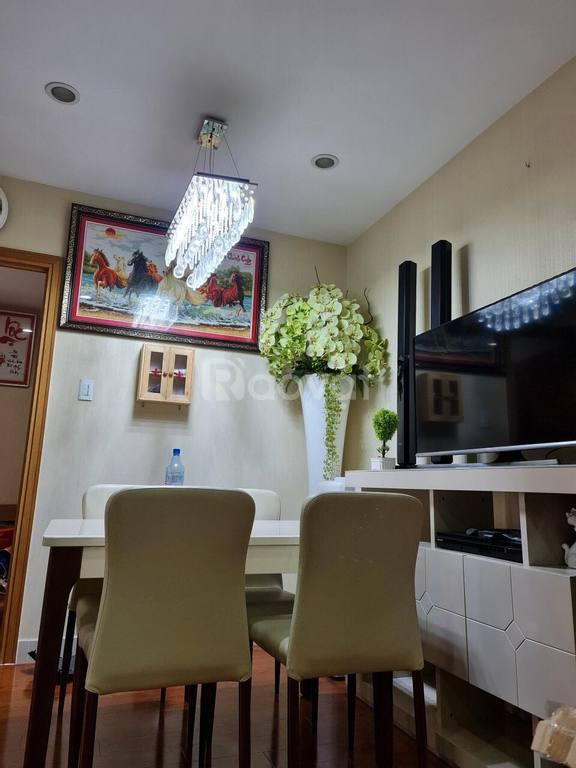 Cần bán gấp căn hộ Him Lam Riverside Q7, DT 70m2, 2 phòng ngủ