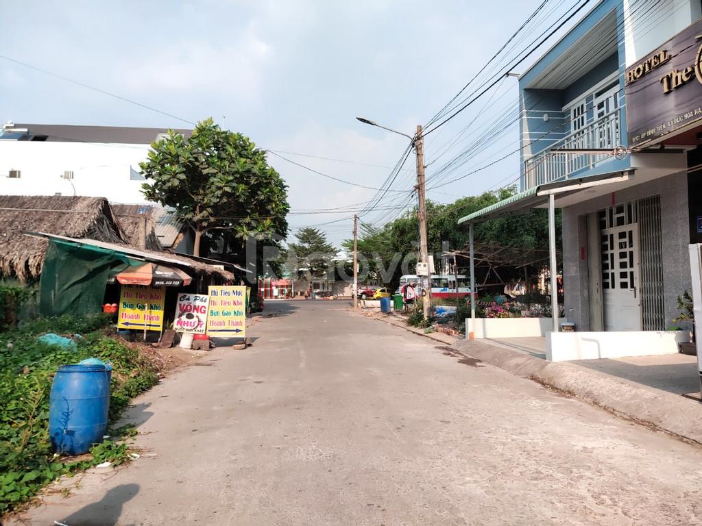 Bán đất thổ cư gần chợ Cầu Xáng tỉnh lộ 10 sổ hồng riêng từng nền sang
