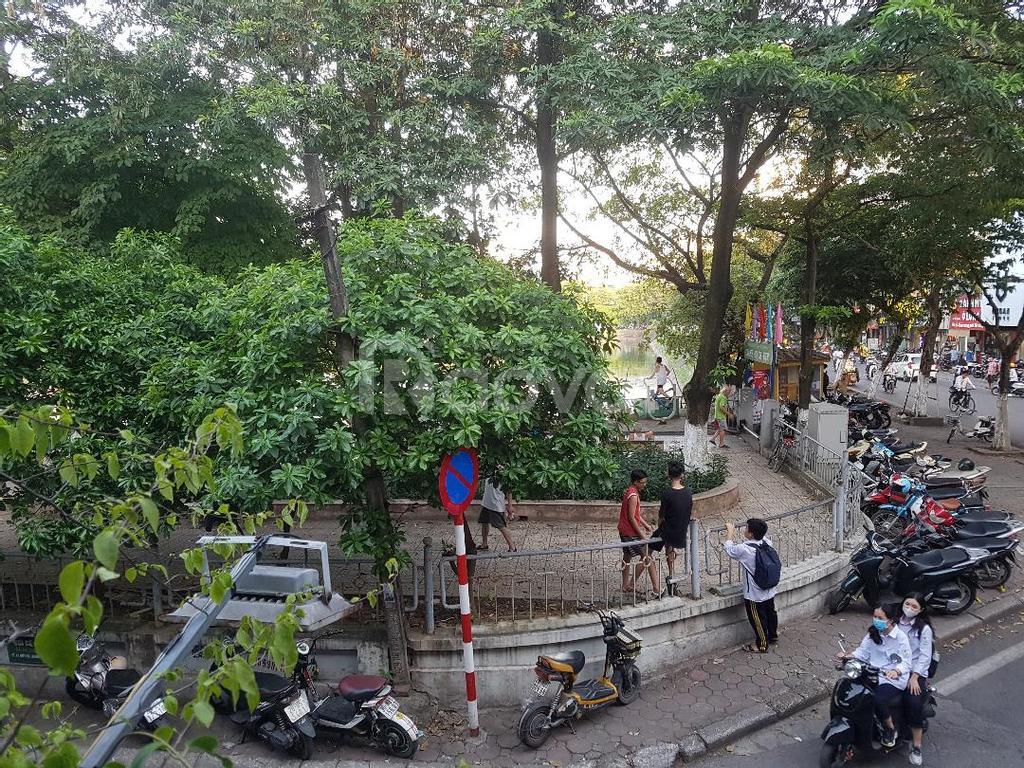 Bán hai căn chung cư tầng 2 và tầng 5 mặt hồ phố Hồ Đắc Di Nam Đồng