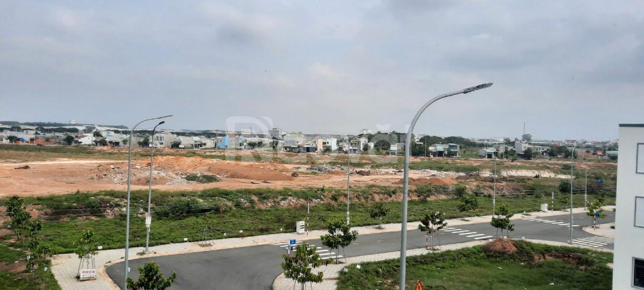 Chính chủ cần bán lỗ lô đất sát VSIP2