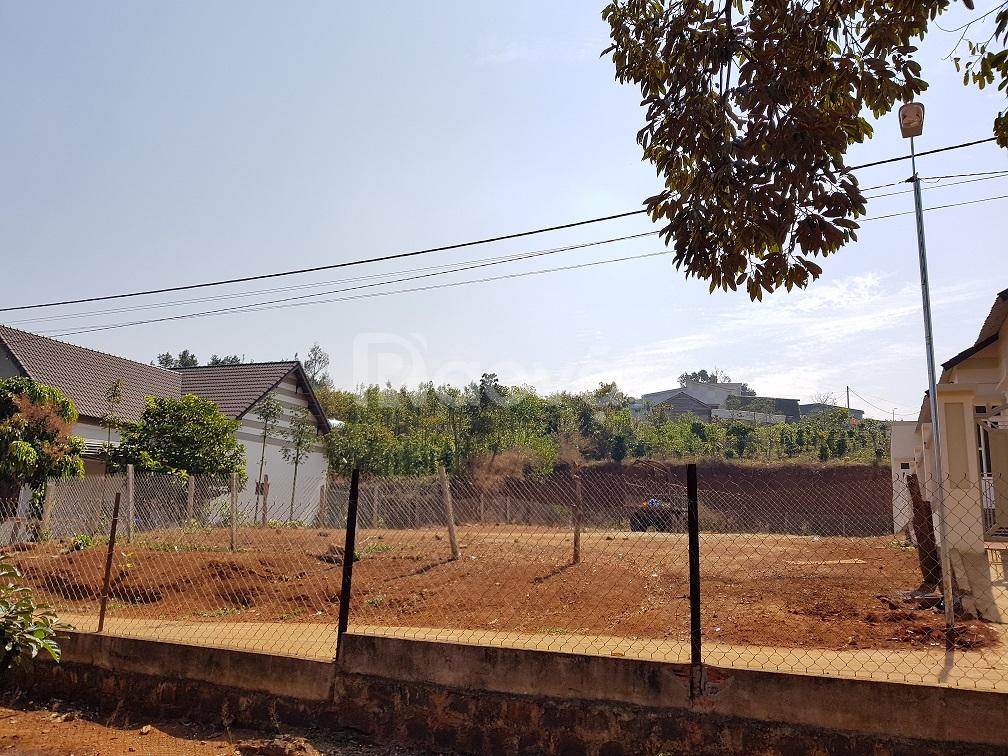 Đất xây biệt thự SHR ngang 18m, 630m2, xã Đăk Lao, đường nhựa xe hơi