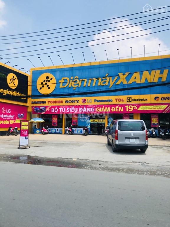 Lô góc 2 mặt tiền diện tích 108M2, 6 X 18m đối diện siêu thị Coopmart