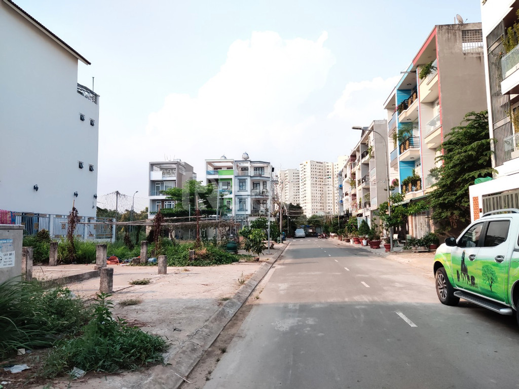 Ngân hàng thanh lý 25 nền đất KDC Tên Lửa mở rộng gần BV Chợ Rẫy 2