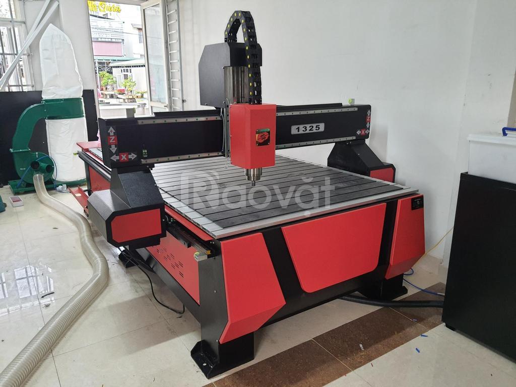 Máy cắt khắc CNC 1325