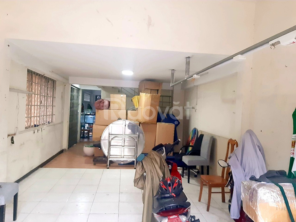 Bán nhà góc 2 MT Lạc Long Quân P5 Q11, 60m2