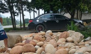Cung cấp đá cuội trang trí giá rẻ tại Hà Nội