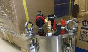 Tanks chứa keo, mỡ, dầu có đồng hồ đo áp suất