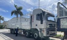 Giá xe tải IVECO HONGYAN 4 chân thùng nhôm, nhập khẩu 2021