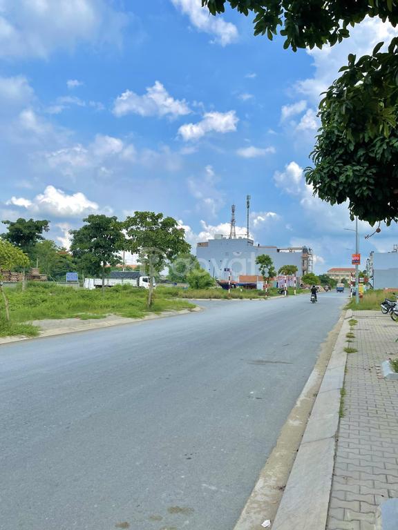 Đất nền Bình Chánh sôi sục KDC Tên Lửa 2 đối diện BV Chợ Rẫy 2