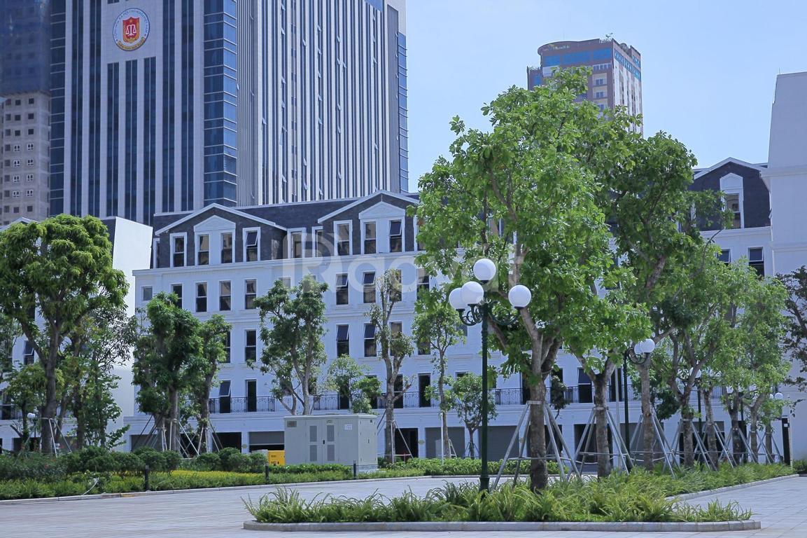 Nhà liền kề KĐT Nam Trung Yên, cách công viên rộng 10ha chỉ 50m