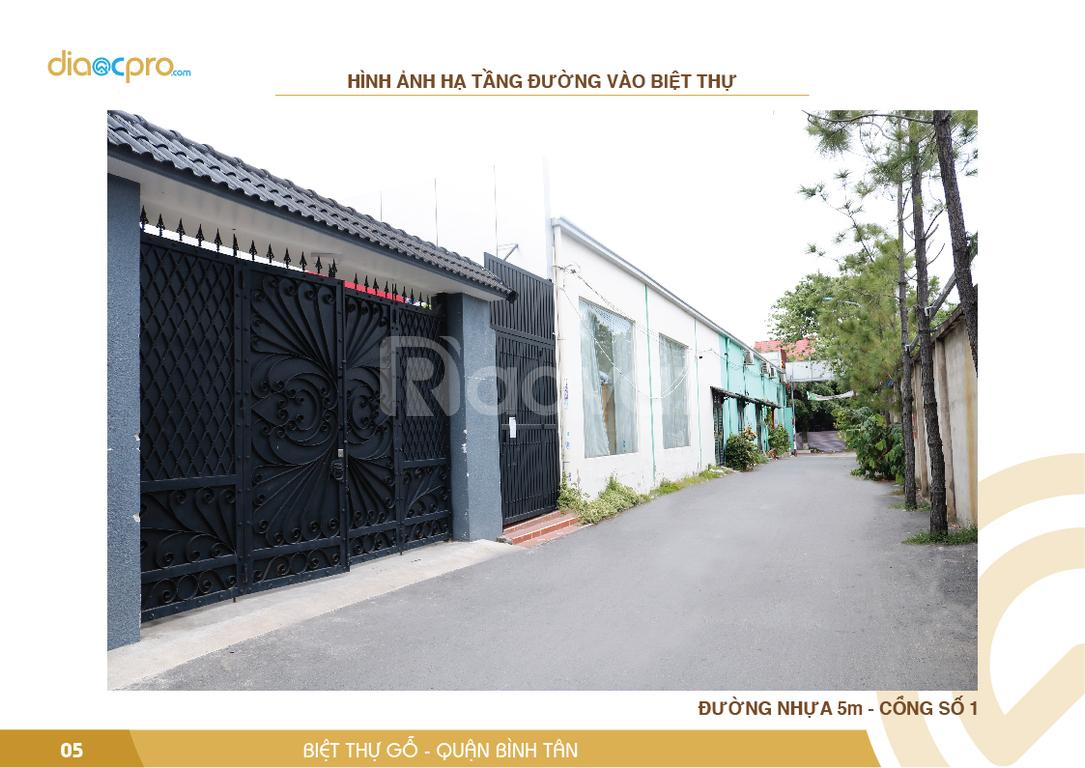 Bán biệt thự gỗ cao cấp 2200m2 quận Bình Tân