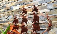 Thuyền buồm gỗ hương ta dài 60cm để bàn làm việc
