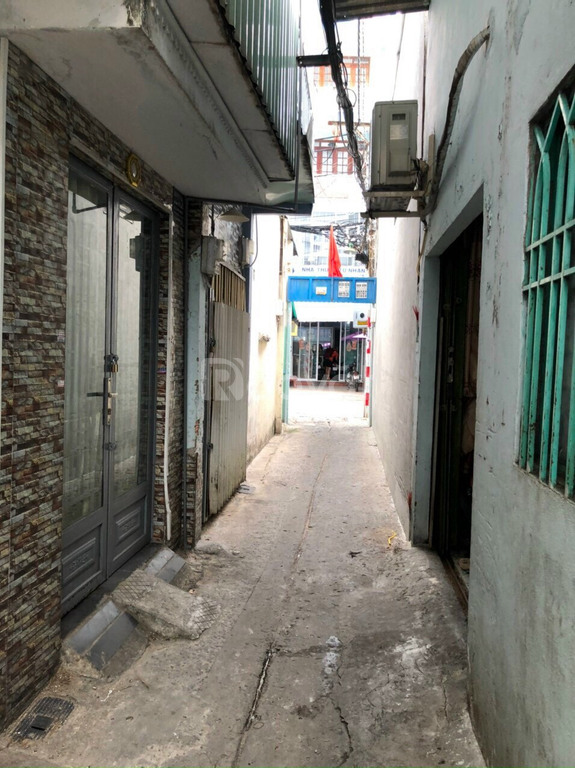 Quận Tân Phú diện tích đất 12m2 1 lửng 1 lầu