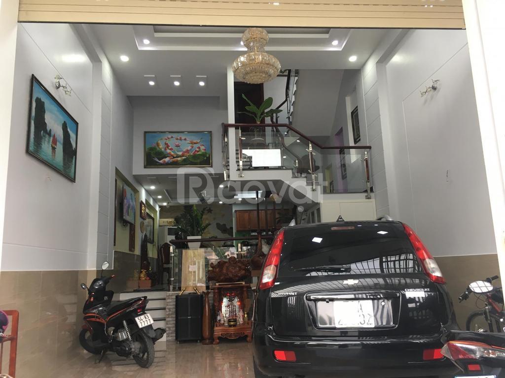 Cần tiền bán gấp nhà khu dân cư Phong Phú, Bình Chánh, TPHCM.